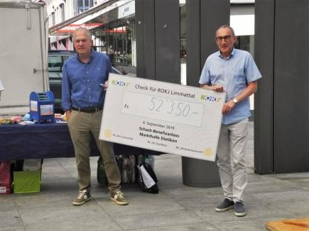 Rotarier Peter Pfiffner und Rotarier Rolf Schären vom RC Zürich - Limmattal